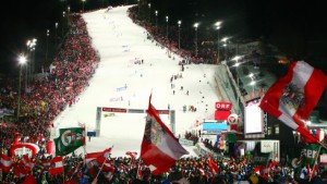 Nacht-Slalom mit Apres-Ski-Party