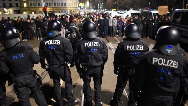 """Leipzig untersagt """"Legida""""-Demonstration"""