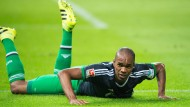 Schalke muss sich hochkämpfen - im Bild Naldo bei der Niederlage in Berlin