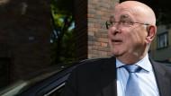 Mit Rummenigges Rückendeckung: Michael van Praag könnte Uefa-Präsident werden