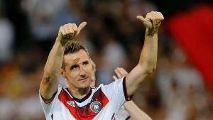 Klose löst Gerd Müller als Rekordschütze ab