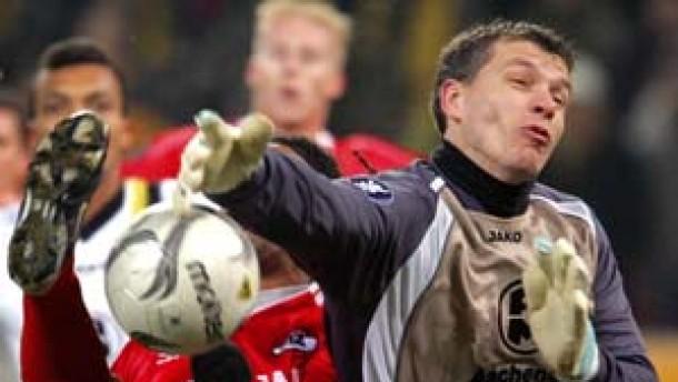 Alemannia Aachen trennt sich torlos vom AZ Alkmaar