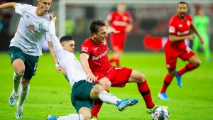Rasante Punkteteilung in Leverkusen