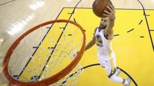 Curry führt Golden State ins Playoff-Halbfinale