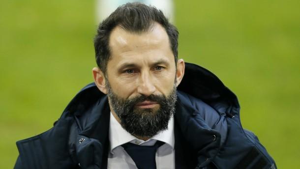 FC Bayern verpflichtet Leipzigs Upamecano für 42,5 Millionen Euro