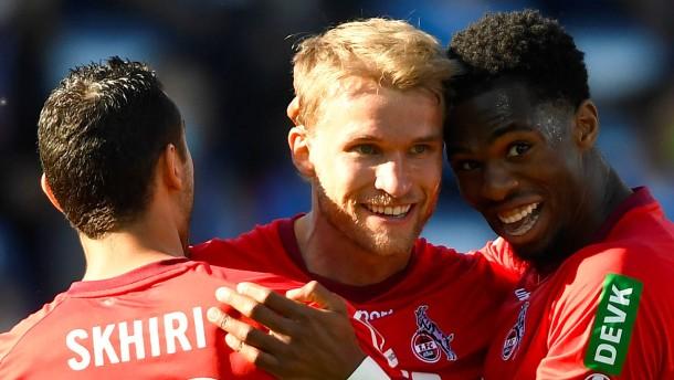 Köln bleibt nach furiosem Sieg in der Bundesliga