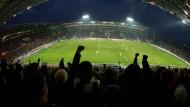 Unsere Leser finden: Fußball stünde oft genug im Rampenlicht