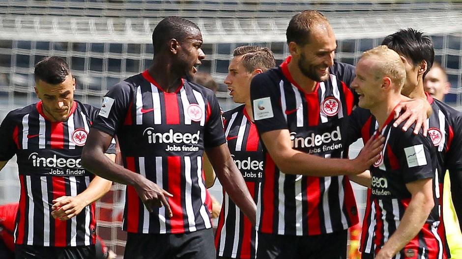 Gelungener Saisonausstand für Eintracht Frankfurt gegen Paderborn