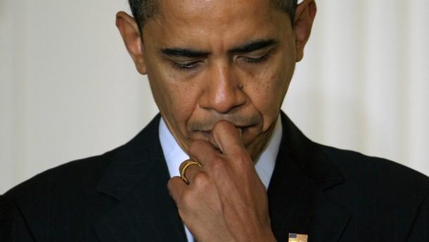 An diesem Freitag will sich Barack Obama erstmals seit der Wahlnacht öffentlich äußern - die Probleme der Wirtschaft dürften im Mittelpunkt stehen