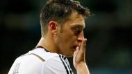 Özil fehlt wohl gegen Polen