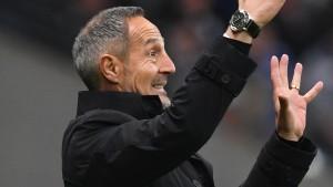 Eintracht-Trainer Hütter nach Ausraster gesperrt