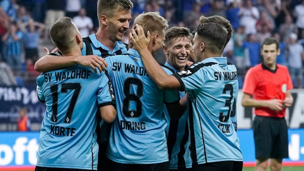 Dritte Liga plant mit dem 16. Mai
