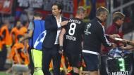 Trost nötig: Bayer Leverkusen und Trainer Roger Schmidt verspielen einen Zwei-Tore-Vorsprung