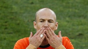 Oranje bleibt am Ball