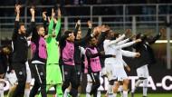Die nächste Party: Eintracht-Spieler feiern in San Siro