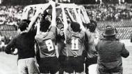 Das Team von El Salvador feiert die WM-Qualifikation.