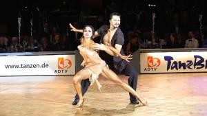 Taginzew/Krysanowa tanzen in den Himmel