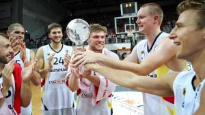 Deutsche Basketballer gewinnen Supercup