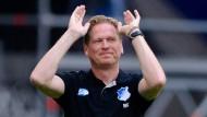Solche Gesten sollte Hoffenheim-Trainer Markus Gisdol besser nicht am Spielfeldrand machen