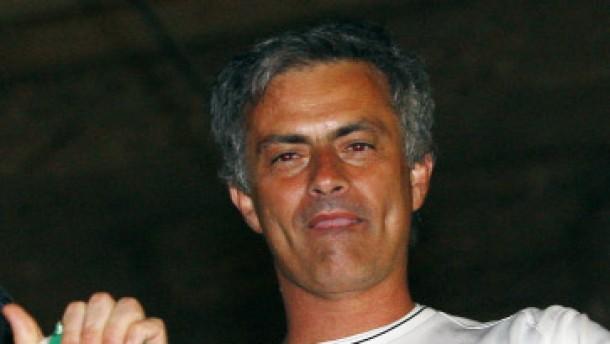 Barcelona und Inter werden auf der Couch Meister