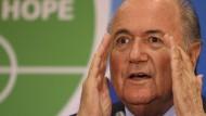 """Im Fall Irlands hieß """"einigen"""" bei Fifa-Präsident Blatter wohl """"zahlen"""""""