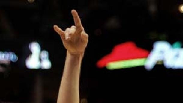 Zehnter Sieg in Serie für Dallas