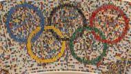 """""""Olympia ja, aber ohne Geld aus den Stadthaushalten"""" - Als Modell gibt es das Hamburger OIympiastadion schon samt Zuschauern"""