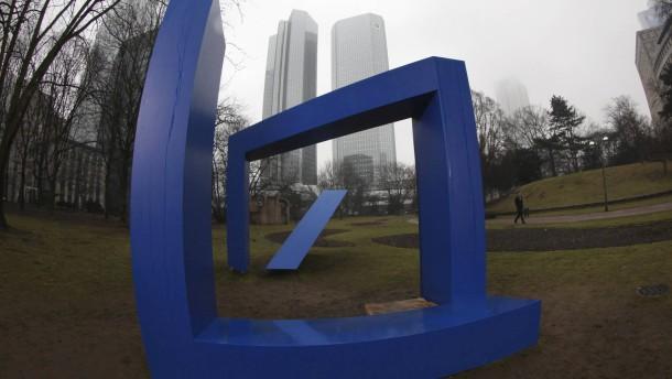 Deutsche Bank überrascht mit Gewinn