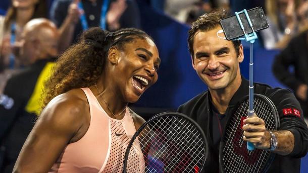 Ein Küsschen vom nervösen Roger Federer