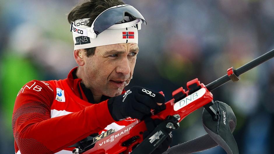 Biathlet Björndalen wirkt heute als Trainer in einem Land, dessen Sprache er nicht spricht; mit Athleten, die kein englisch können.
