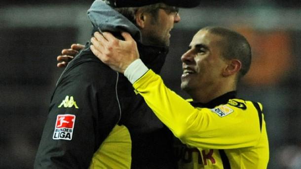 Zidan hält Dortmund auf Platz fünf