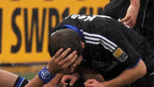 Schalkes Kuranyi trifft die alten Kollegen