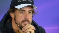 Langes Gesicht: Alonso wird zwanzig Plätze strafversetzt und muss mit einer Zeitstrafe rechnen