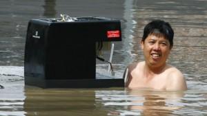 Die Flut überrollt die australische Stadt Brisbane