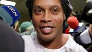 Ärger in Paraguay: der frühere brasilianische Fußballstar Ronaldinho