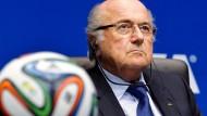 Verteidiger der Werte: Der Fifa-Präsident setzt sich für die Nationalmannschaften ein