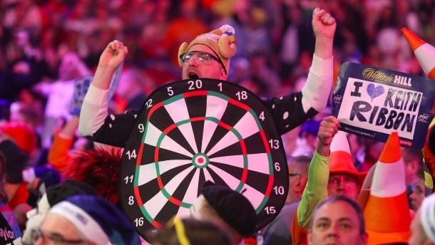 Was macht Robin Hood bei der Darts-WM?
