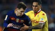 Omar Mascarell (rechts) spielte schon gegen die ganz Großen wie Lionel Messi.