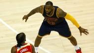 Kein Durchkommen: LeBron James macht den Weg zu