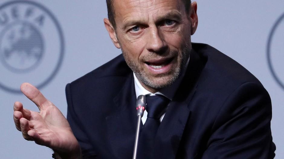 Aleksander Čeferin hat sich im Fußball einen Namen gemacht.