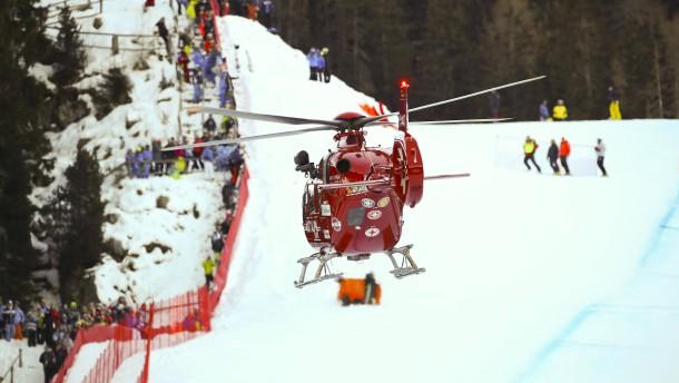 Schwerer Sturz von Skirennfahrer Gisin