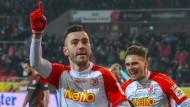 Regensburg gewinnt ein verrücktes Spiel gegen Düsseldorf.