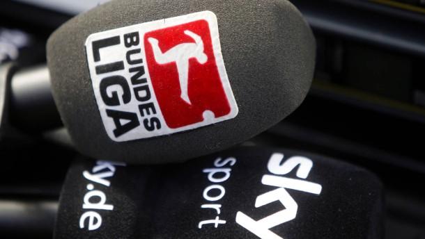 """""""Traditionsklubs"""" der Bundesliga fordern mehr Geld"""
