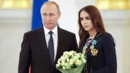 Putin überhäuft Medaillengewinner mit Geld und Autos