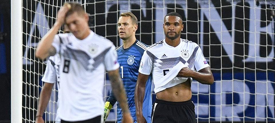 Deutschland Verliert 2 4 Gegen Die Niederlande