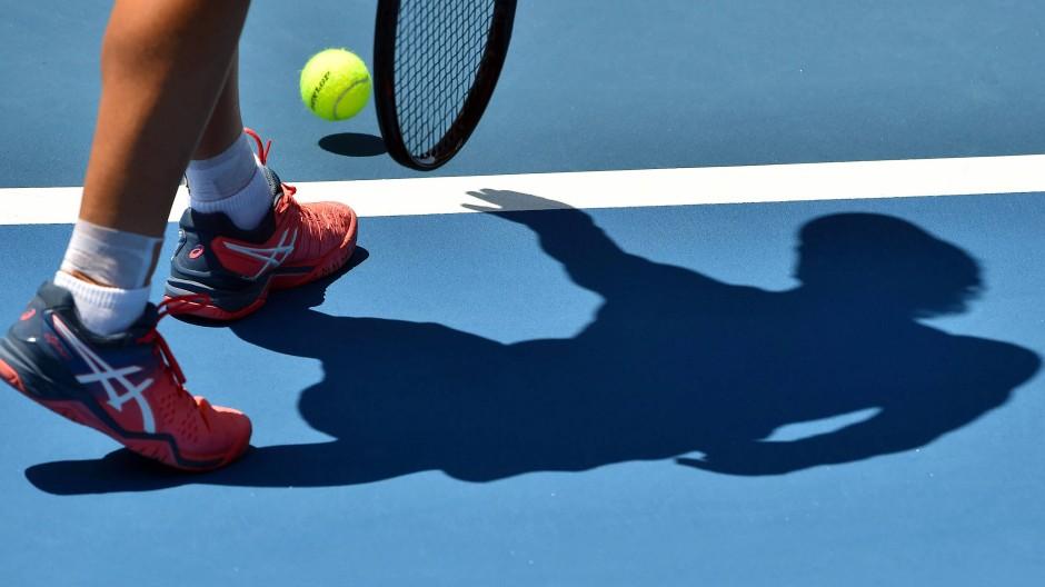 Schattenspiele: Nach Spielmanipulationen und Wettbetrug im Tennis kommt es zu Verhaftungen.