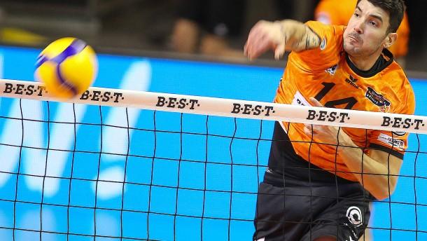 Goldener Volleyball-Osten