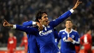 Raul beschenkt Schalke dreifach