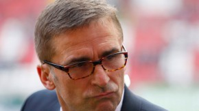 """Balakow ist seine """"letzte Patrone"""" im Abstiegskampf: Vorstandschef Stefan Kuntz"""