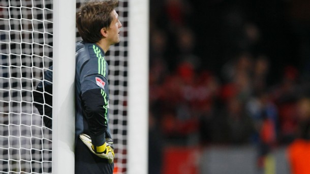 Leverkusen lässt Adler keine Chance